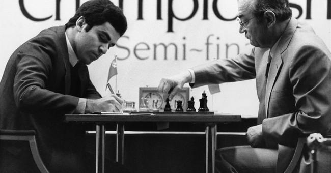 Victor Korchnoi, Soviet-born chess grandmaster, dead at 85