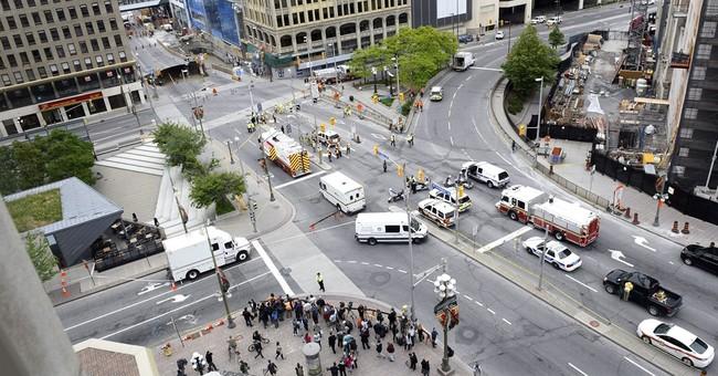 Mall and buildings evacuated near Ottawa sinkhole
