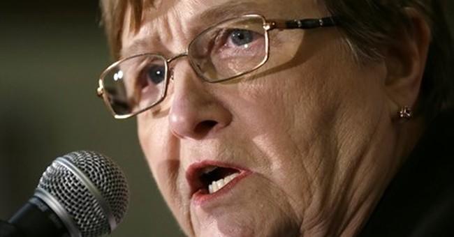 Judge wins Democratic primary, will face Iowa Sen. Grassley