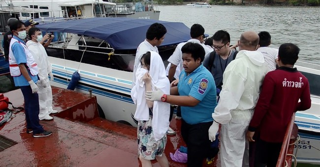 At least 2 dead, 20 injured in Thailand tour boat collision