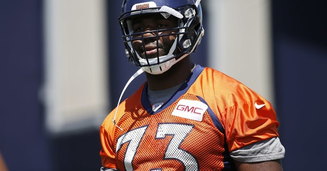 Business savvy Okung bets on himself by brokering own deal