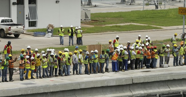 Test runs start for Panama canal expansion