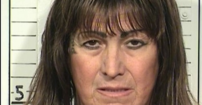 Judge: Transgender California inmates must get female items