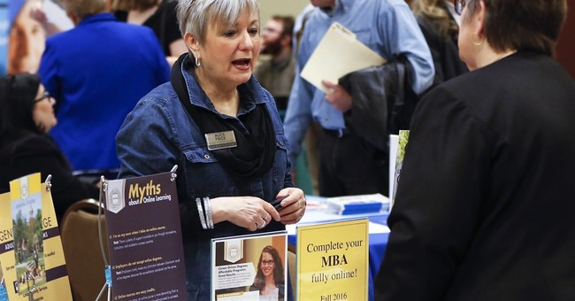 Fewer Americans applied for jobless benefits last week