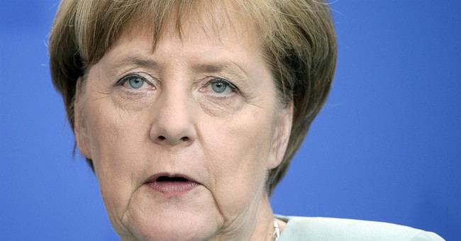 Merkel hopes for progress this month on Ukraine peace deal