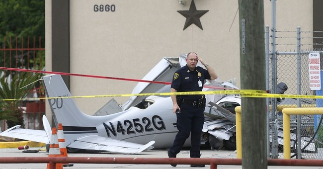 NTSB: 3rd landing attempt waved off by pilot in Texas crash