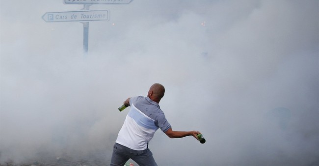 Gas and glass: Rowdy soccer fans cause havoc in Marseille