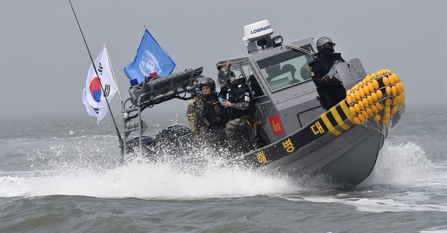 South Korea sends military boats to repel Chinese fishermen