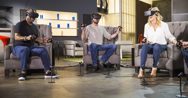 'Star Trek' actors take series' first VR game for a spin