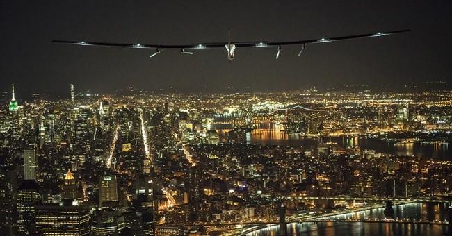 Solar-powered pilots' globe-circling flight arrives in NYC