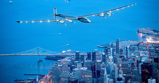 Solar-powered airplane heads to New York City