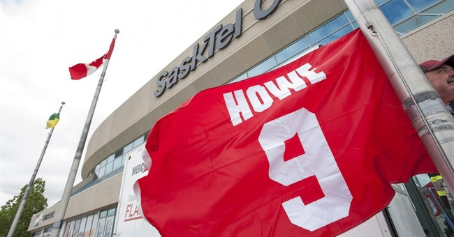 Gordie Howe's family opens visitation and funeral to public