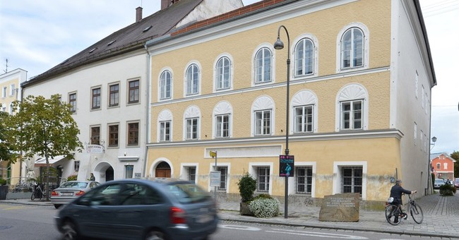 Austrian minister: Hitler birth house could be demolished