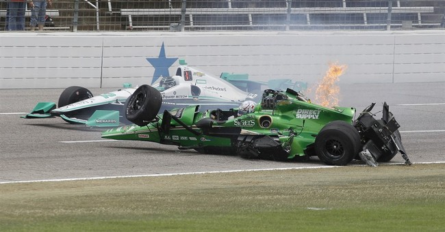 Newgarden survives hard crash during IndyCar Texas race