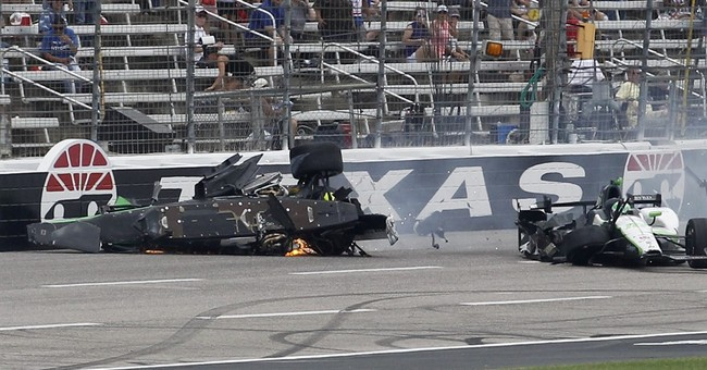 Newgarden survives hard crash during IndyCar Texas race