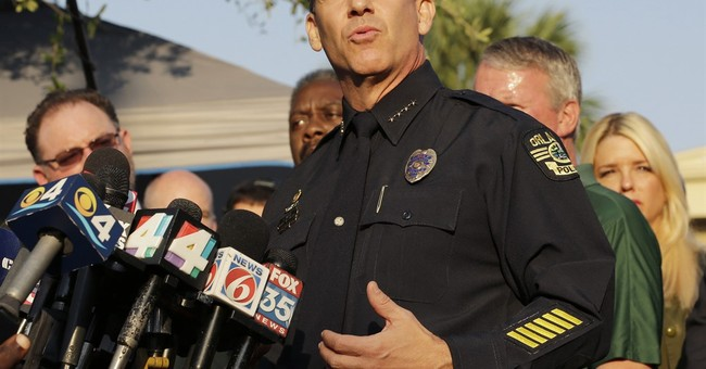 Experts: Fast action by police critical in mass shootings