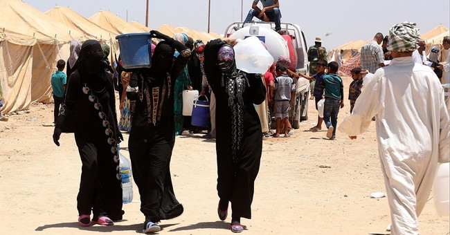 Iraq detains men fleeing IS-held Fallujah, raising tensions