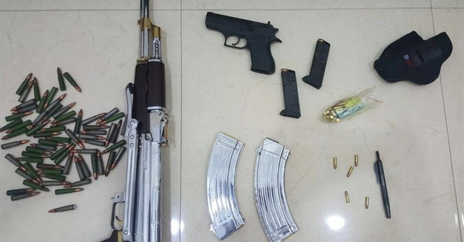 Gun disguised as pen found in Kuwait hunt for renegade royal