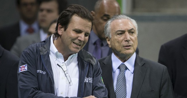 Brazil acting president, IOC head inspect Olympic Park