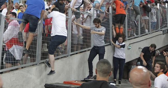 Russia to get Euro 2016 expulsion if more stadium violence