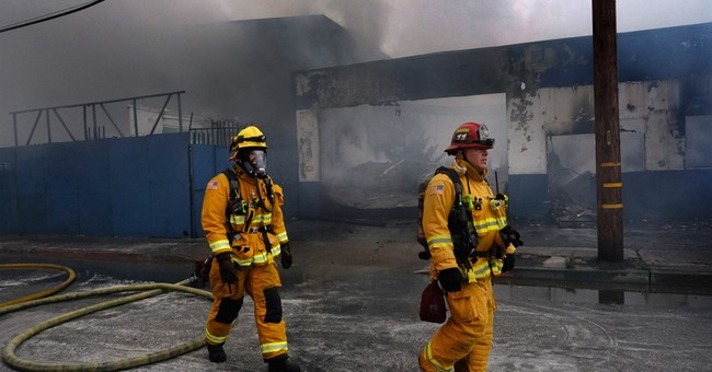 Some evacuees from Los Angeles-area warehouse fire return