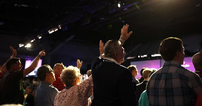 Southern Baptists go beyond conservative politics at meeting