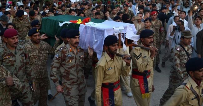 More gunfire at Pakistan-Afghan border, Afghan guard killed