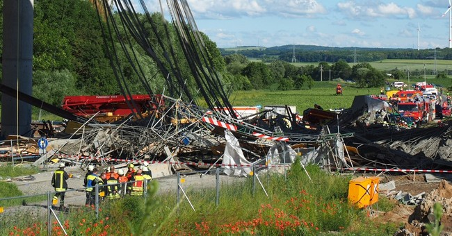 Germany: 1 killed, 6 seriously injured in bridge collapse