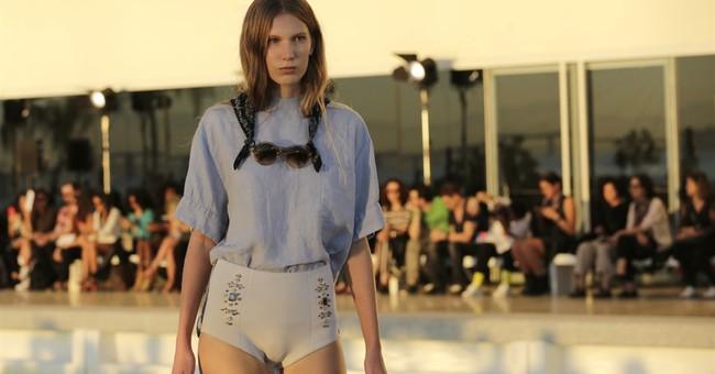 Rio's spandex creations shine at city's new fashion event