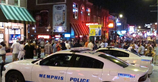 Memphis charges $10 to enter Beale Street on Saturday night