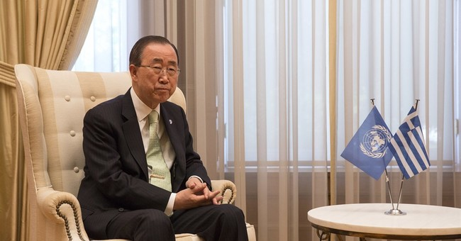 UN's Ban praises Greek efforts to assist refugees