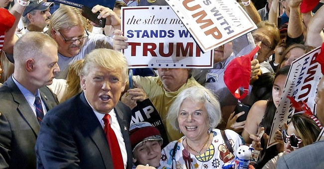 Trump's campaign fundraising falling far short of Clinton's