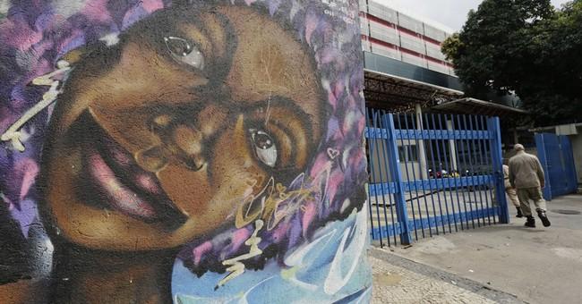 Gunmen storm Brazil hospital; 1 dead, 2 wounded in shootout