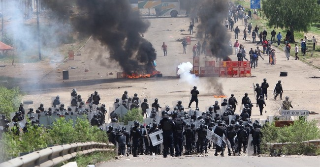 Clashes between police, teachers leave 6 dead in Mexico