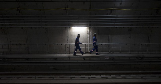 Rio's new subway line is running out of time before Olympics