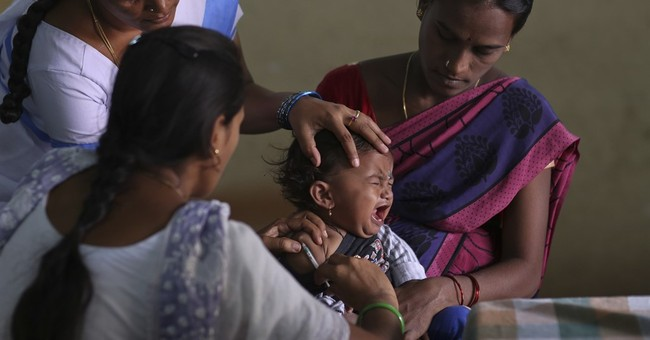 Image of Asia: Getting the polio vaccine in Hyderabad