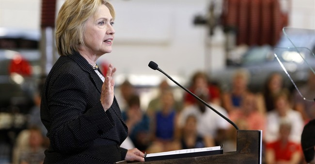 Clinton warns that Trump would plunge economy into recession