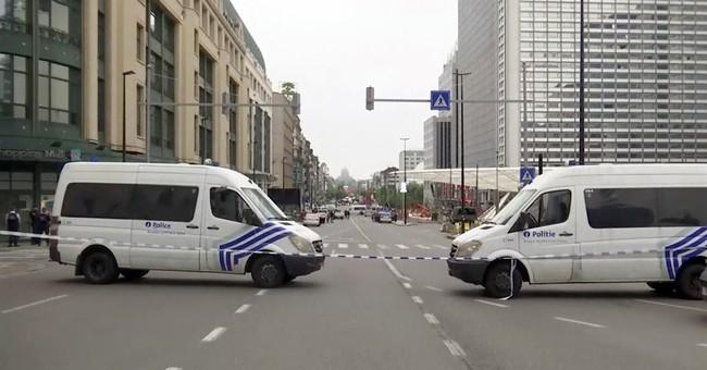 Man with fake suicide belt sparks alert at Belgian mall