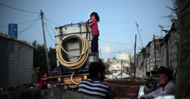 Gaza slum growth illustrates economic plight, bleak future