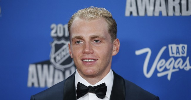 The Latest: Patrick Kane takes home Hart Trophy as NHL MVP