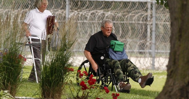 Ex-Speaker Hastert enters prison _ now Inmate No. 47991-424