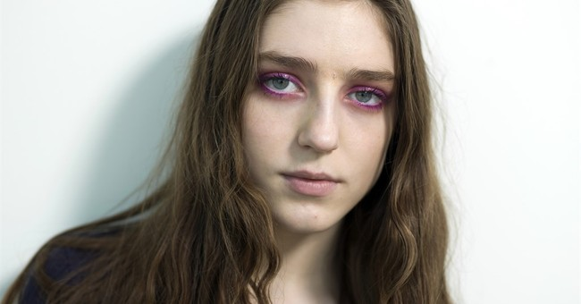 Singer Birdy finds freedom on 3rd album, 'Beautiful Lies'