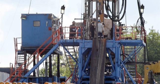 Obama administration decries judge's fracking ruling