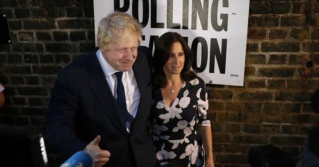 The Latest: British media: 'Leave' side will win EU vote