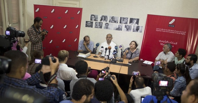 HRW calls on Egypt to free members of satirical street group