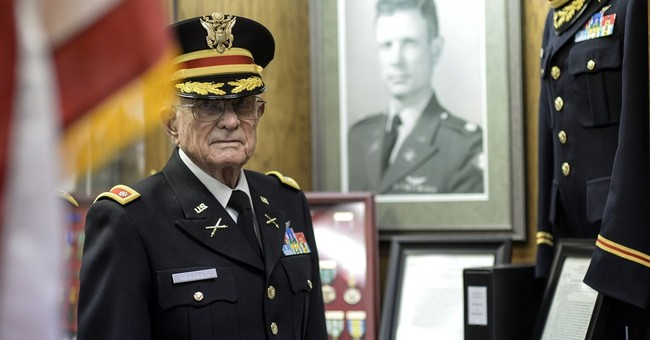 Michigan veteran: Medal of Honor belongs to helicopter crew