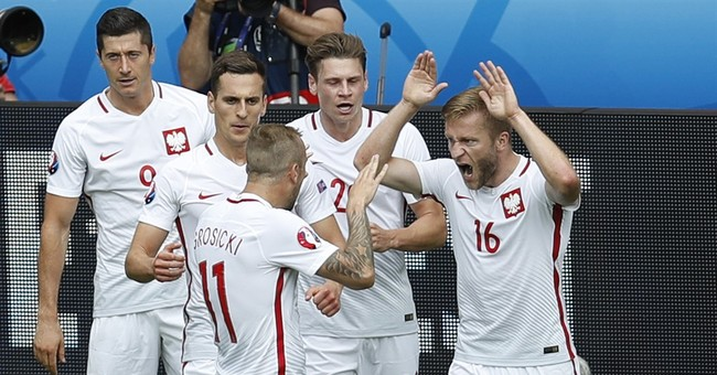 The Latest: Portugal beats Croatia 1-0 in extra time