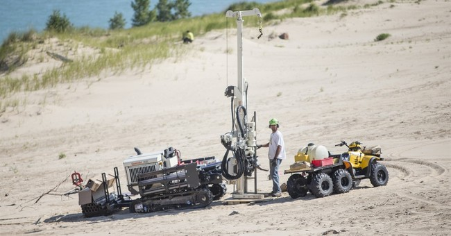 Study: Rotting trees caused mysterious holes in huge dunes