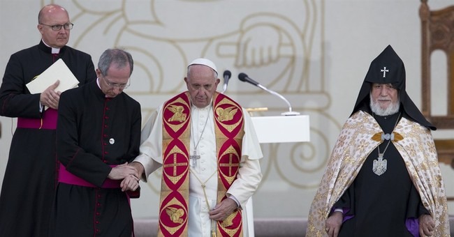 Pope defends Armenia 'genocide' comment; no offense meant
