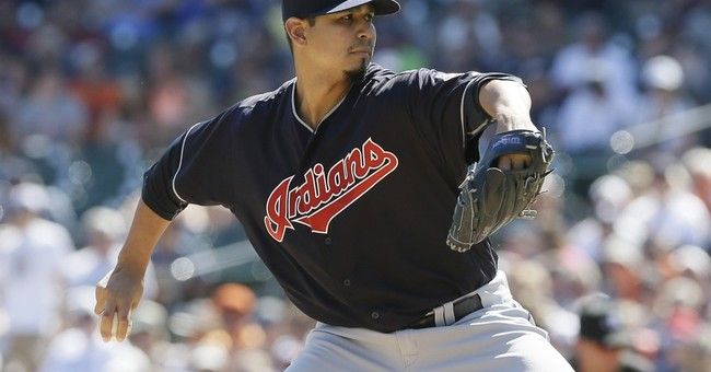 Lindor's HRs, Carrasco's shutout help Indians win 8th in row
